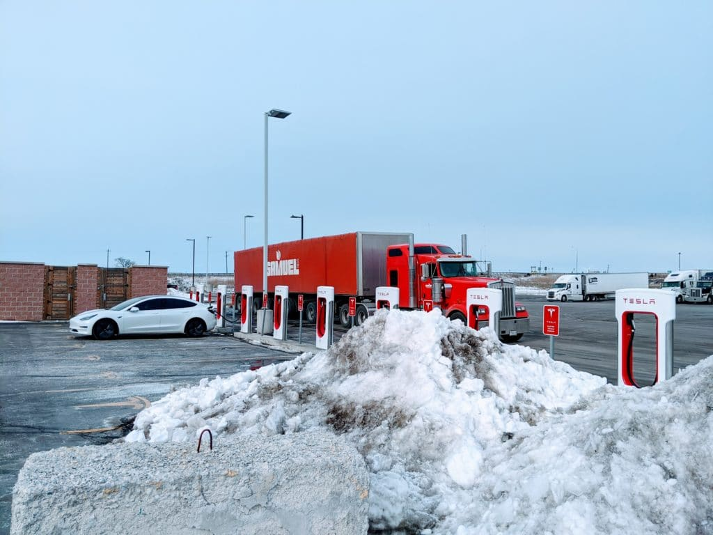 Tesla Road Trip: Traveling from Madison WI to Comber ON - Day 1 5