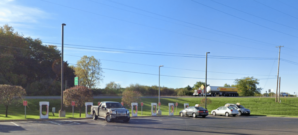 Tesla Road Trip: Traveling from Madison WI to Comber ON - Day 1 4