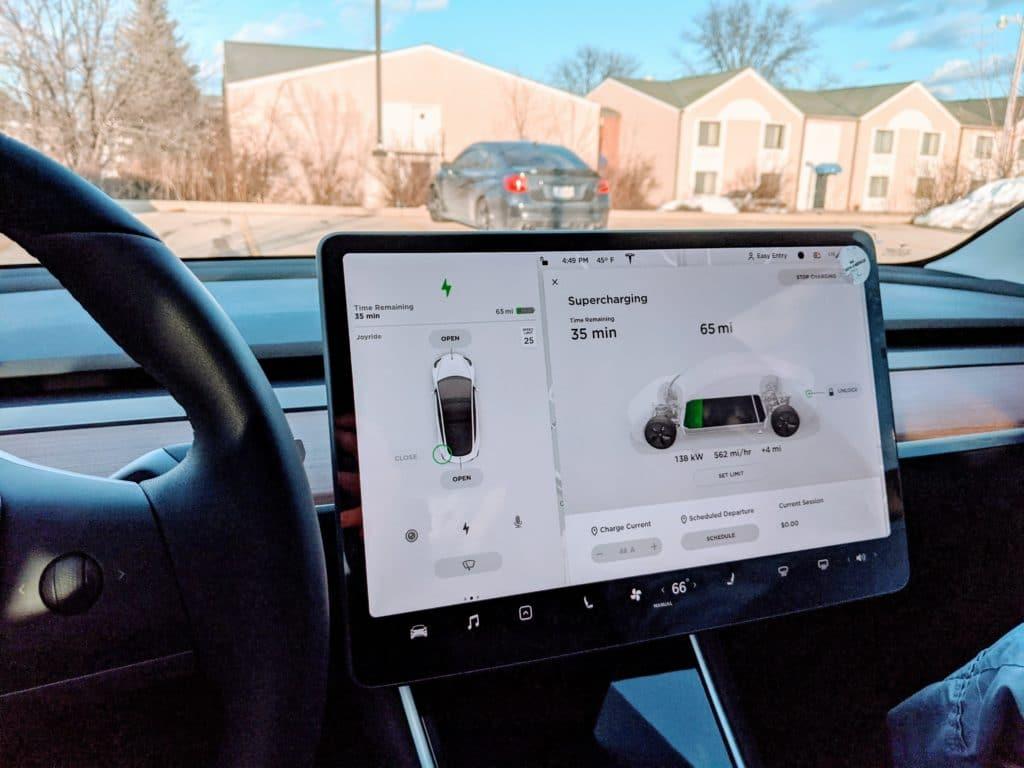 Tesla Modle 3 LR AWD Supercharging