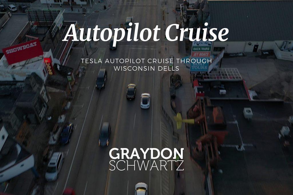 Tesla Autopilot-Fahrt durch Wisconsin Dells
